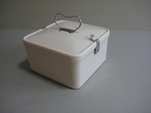 Ivory colour lidded Bandalasta Sandwich Box