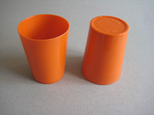 Pair of orange Bandalasta beakers