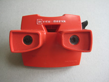 Viewmaster 3D slide viewer